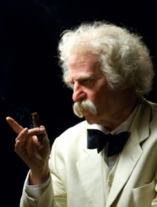 Val Kilmer as Mark Twain in his one-man show Citizen Twain.